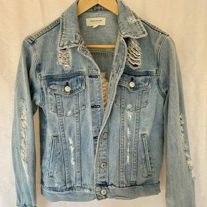 Pac Sun distressed light wash jean jacket size xs